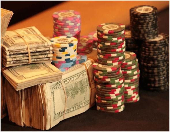 Bankroll to play Poker