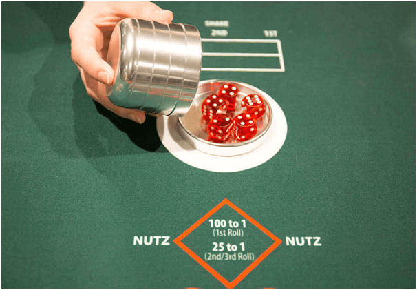 Nutz table game